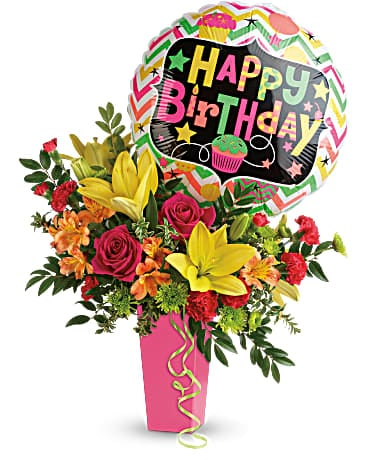 Birthday Bash Bouquet Dans Buckingham Qc Fleuriste Fleurs